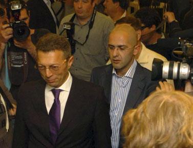 ארקדי גאידמק (משמאל) ויוסי מילשטיין (צילום: יוסי זמיר)