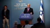 ראש הממשלה אהוד אולמרט מודיע על כשלון המשא-ומתן לשחרור שליט, אתמול בלשכתו (צילום: יוסי זמיר)