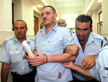אשר וייסגן. בית-המשפט המחוזי בירושלים, ספטמבר 2006 (צילום: אוראל כהן)