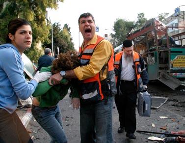 פיגוע בירושלים, 10 הרוגים. 29.1.04 (צילום: חיים צח)