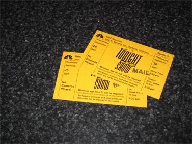 """כרטיסים ל""""טונייט שואו"""" עם ג'יי לנו (צילום: Shawn magill, רישיון cc-by-nc-sa)"""