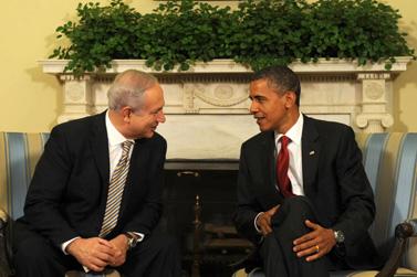 """נשיא ארה""""ב ברק אובמה וראש ממשלת ישראל בנימין נתניהו. הבית הלבן, 6.7.10 (צילום: עמוס בן-גרשום, לע""""מ)"""