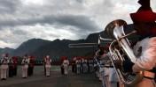 תזמורת צבאית הודית מנגנת במסגרת יום זיכרון למלחמה עם פקיסטן על חבל קשמיר. דראס, הודו, 28.7.07 (צילום: אשיש שארמה)