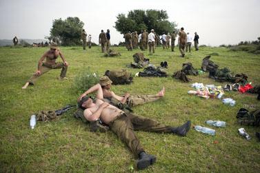 חיילי מילואים באימון בצפון הארץ (צילום: מתניה טאוסיג)