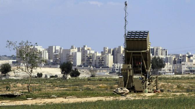 מערכת היירוט כיפת-ברזל, אתמול ליד באר-שבע (צילום: צפריר אביוב)