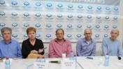 משתתפי הכנס, משמאל: הלל נוסק, תמר הרמן, מרדכי קרמניצר, מולי שגב ועוזי בנזימן (צילום: עידן גרוס)
