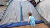 אוהלים בשדרות רוטשילד בתל-אביב, אתמול (צילום: שוקי טאוסיג)