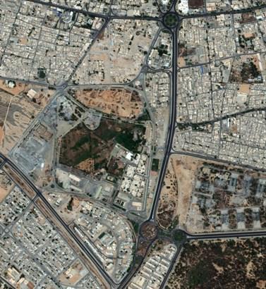 באב אל-עזיזה, המתחם המבוצר של מועמר קדאפי (צילום: DigitalGlobe, רישיון CC BY-NC-ND 2.0)