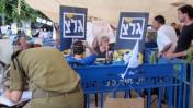 """אולפן גלי-צה""""ל במאהל ברחוב רוטשילד בתל-אביב, 2.8.11 (צילום: שוקי טאוסיג)"""