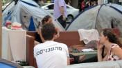 מאהל המחאה בשדרות רוטשילד, 28.7.11 (צילום: שוקי טאוסיג)