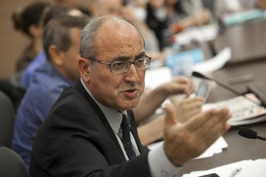 """ח""""כ דניאל בן-סימון, היום בישיבת ועדת החוקה (צילום: דוד ועקנין)"""