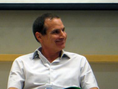 """יון פדר, העורך הראשי של ynet (צילום: """"העין השביעית"""")"""