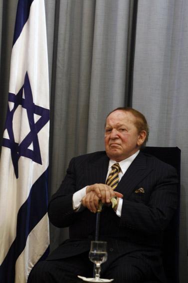 איש העסקים שלדון אדלסון, אוגוסט 2007 (צילום: אוליביה פיטוסי)