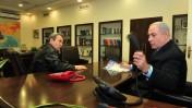 ראש הממשלה בנימין נתניהו ושר הביטחון אהוד ברק, אתמול במשרד הביטחון (צילום: אריאל חרמוני)