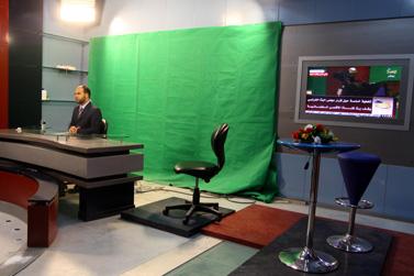 אולפני תחנת הטלוויזיה אל-אקצא בעזה, יוני 2010 (צילום: עבד רחים כתיב)