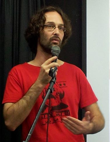 """אריאל גוטליב, יו""""ר ועד עיתונאי """"הארץ""""-""""דה-מרקר"""", 28.12.12 (צילום: """"העין השביעית"""")"""