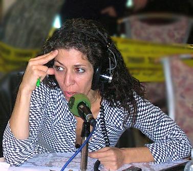 """עיתונאית קול-ישראל קרן נויבך (צילום: """"העין השביעית"""")"""