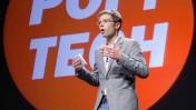 """העיתונאי וסופר המדע הפופולרי ג'ונה לרר בכנס """"פופ-טק"""", אוקטובר 2009 (צילום: פופ-טק, רשיון cc-by-sa)"""