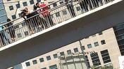 """הפגנת עובדי """"מעריב"""", גשר מעריב, תל-אביב. 20.9.12 (צילום: """"העין השביעית"""")"""