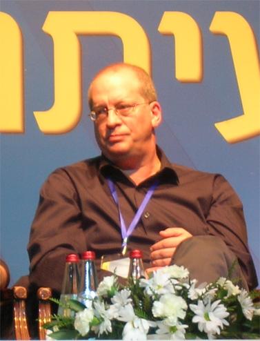 """מנכ""""ל חברת החדשות המתפטר של ערוץ 10, ראודור בנזימן (צילום: """"העין השביעית"""")"""