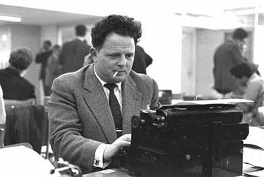 """יוסף (טומי) לפיד בעת שהיה עיתונאי ב""""מעריב"""" (צילום: לע""""מ)"""