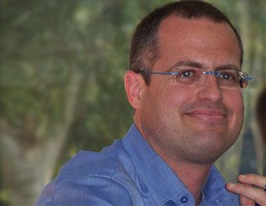 """עו""""ד ישגב נקדימון, היום בתל-אביב (צילום: """"העין השביעית"""")"""