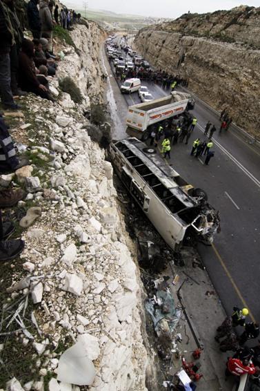 זירת התאונה, אתמול (צילום: אורן נחשון)