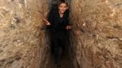 """ח""""כ אנסטסיה מיכאלי מבקרת במערות הכותל, מרץ 2011 (צילום: יואב ארי דודקביץ')"""