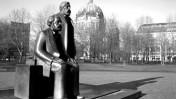 אלכסנדר פלאץ: מארקס ואנגלס