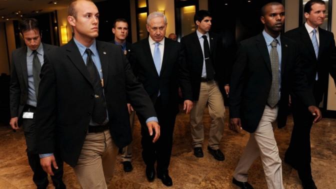 ראש הממשלה בנימין נתניהו. תל-אביב, 2.4.11 (צילום: יובל חן)