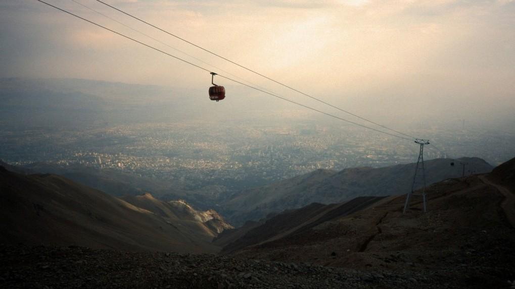 נוף העיר טהרן, איראן 2001 (צילום: סבאמונין, רשיון cc-by-nc-sa)
