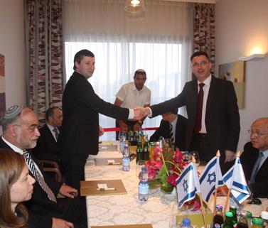 פגישת צוותי המשא-ומתן של הליכוד ומפלגות הימין, שלשום (צילום: רוני שיצר)