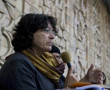 עמירה הס בדיון על אודות המצור על עזה, 30.10.2007 (צילום: אקטיבסטילס)