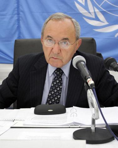 """ריצ'רד גולדסטון, יושב ראש הוועדה הבינלאומית של האו""""ם למבצע """"עופרת יצוקה"""" (צילום: האו""""ם; פלאש90)"""