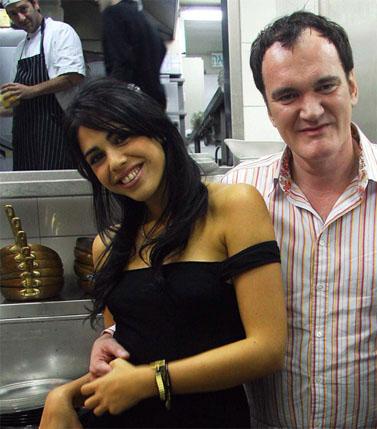 הקולנוען קוונטין טרנטינו והזמרת דניאלה פיק. ספטמבר 2009 (צילום: אמיר מאירי)