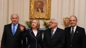 """בנימין נתניהו, הילרי קלינטון, אבו-מאזן וג'ורג' מיטשל בעת מפגש פסגה בוושינגטון, אתמול (צילום: משה מילנר/לע""""מ)"""