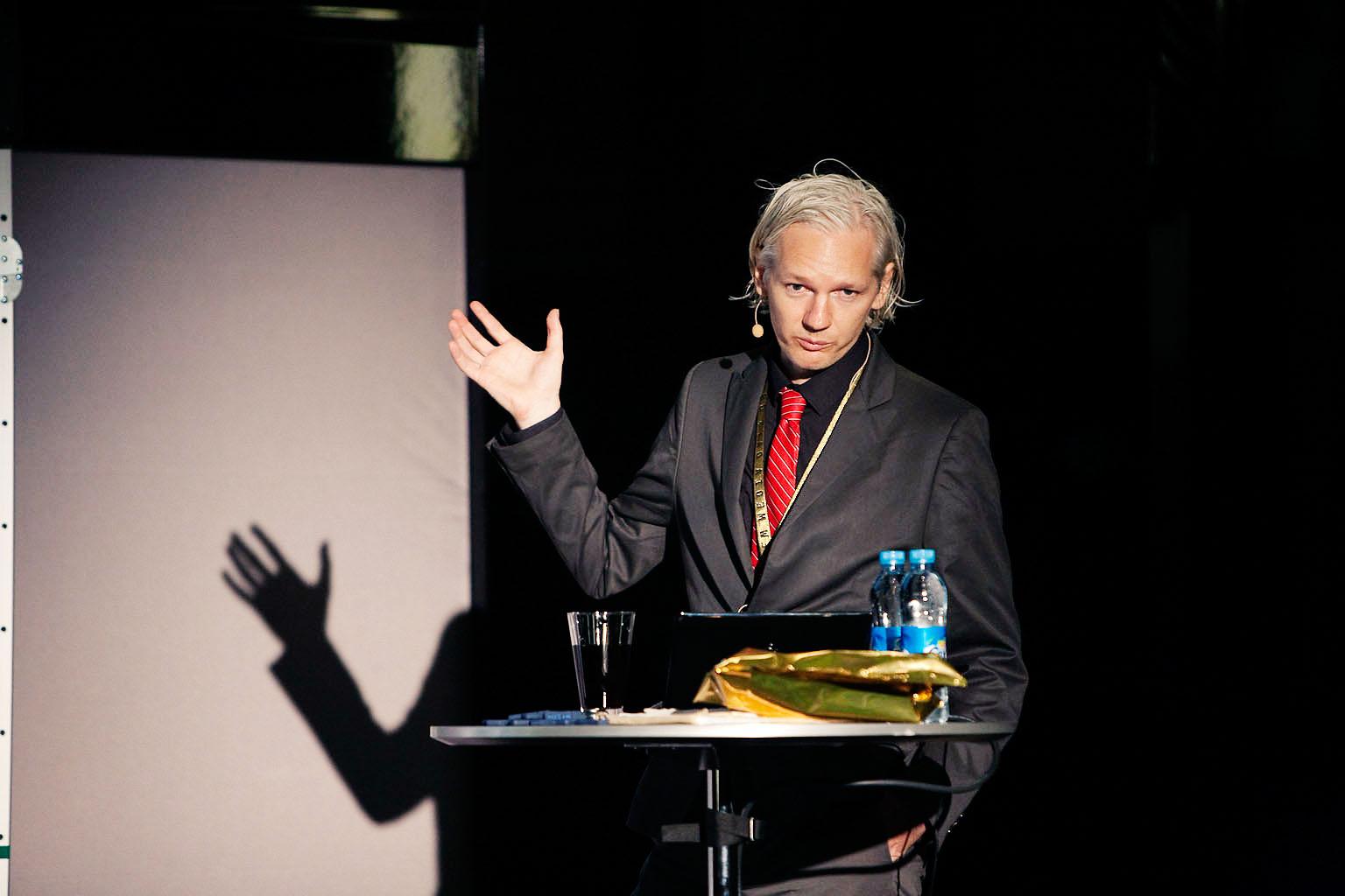 "ג'וליאן אסאנג', ראש הארגון ""ויקיליקס"" (צילום: New Media Days, רישיון cc-by-sa 3.0)"