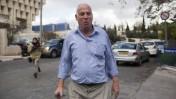 שר השיכון הנכנס, אורי אריאל, יוצא ממשרד ראש הממשלה בירושלים, אתמול (צילום: יונתן זינדל)
