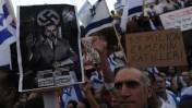 הפגנה מול שגרירות טורקיה, אתמול בתל-אביב (צילום: גיל יערי. לחצו להגדלה)