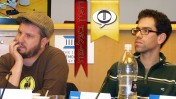 """יונתן אמיר (מימין) ורונן אידלמן במפגש """"העין בעל-פה"""" (צילום: """"העין השביעית"""")"""