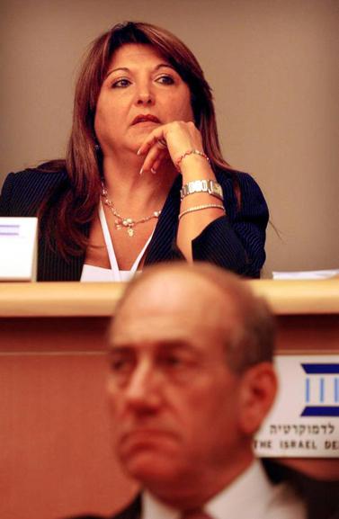 שולה זקן, 2006 (צילום: יוסי זמיר)