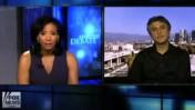 """רזה אסלן בראיון הויראלי עם לורן גרין ב""""פוקס ניוז"""" על ספרו """"פנאט: החיים והזמנים של ישו מנצרת"""" (צילום מסך)"""