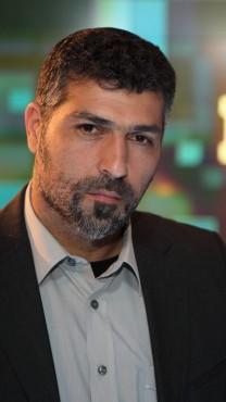 צבי יחזקאלי באולפן חדשות ערוץ 10, חורף 2013 (צילום: יעקב נחומי)