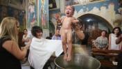 טבילה לנצרות, בכנסייה היוונית-אורתודוקסית בנצרת. 3.8.13 (צילום: יוסי זמיר)