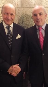 השר יובל שטייניץ ושר החוץ הצרפתי לורן פביוס (צילום: דוברות המשרד למודיעין)