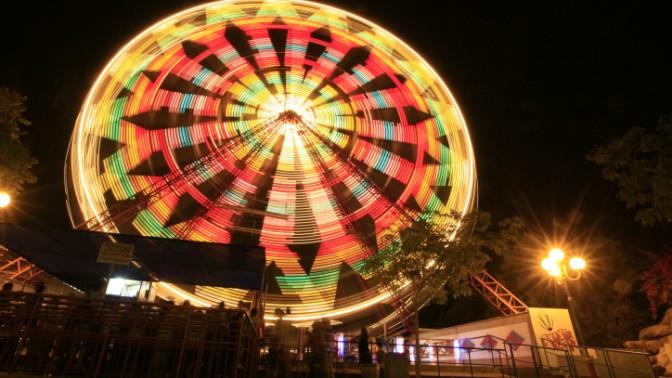 גלגל ענק בראשון-לציון (צילום: נתי שוחט)