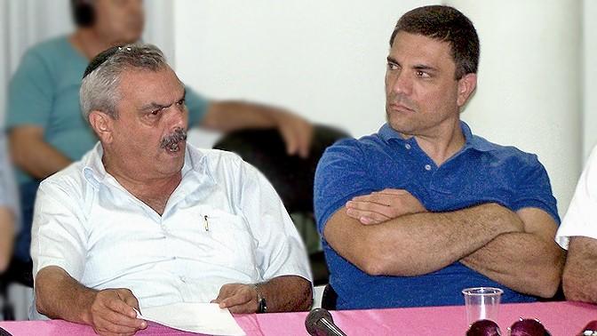 """מנכ""""ל אגודת העיתנואים יוסי בר מוחא (משמאל) והיו""""ר רותם אברוצקי (צילום: """"העין השביעית"""")"""