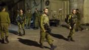 חיילים ישראלים סמוך לזירת הירי בחברון, אמש (צילום: יונתן זינדל)