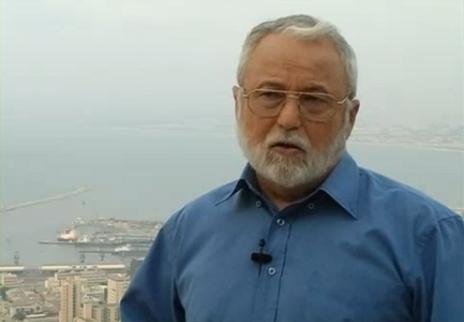 האדריכל שמואל גלבהרט, מועמד הירוקים לעיריית חיפה בבחירות 2008, מתוך סרטון הקמפיין (צילום מסך)
