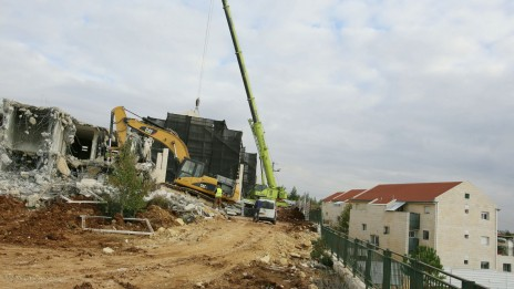 הריסת הבניינים הלא-חוקיים בשכונת האולפנה, 27.11.12 (צילום: אורן נחשון)